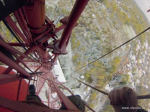 Демонтаж антенн, волноводов на телевышках, промышленные альпинисты, альпстар
