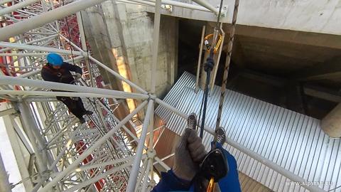 обследование и протяжка несущей системы промышленными альпинистами альпстар