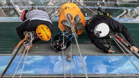 Переворот ламелей на 90 градусов, промышленные альпинисты, альпстар, москва сити, башня восток