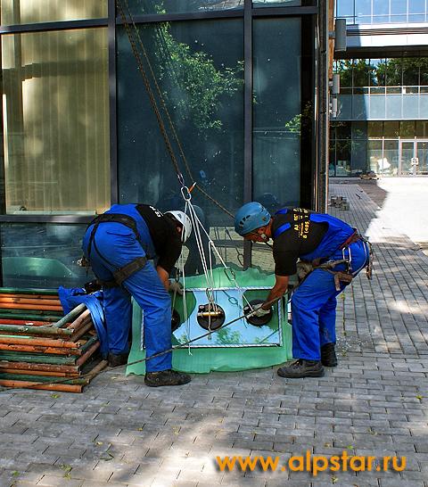 Складирование стеклопакета